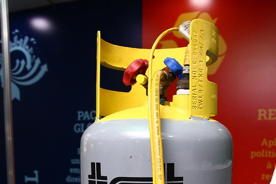 Cilindro de recolhimento de fluidos refrigerantes