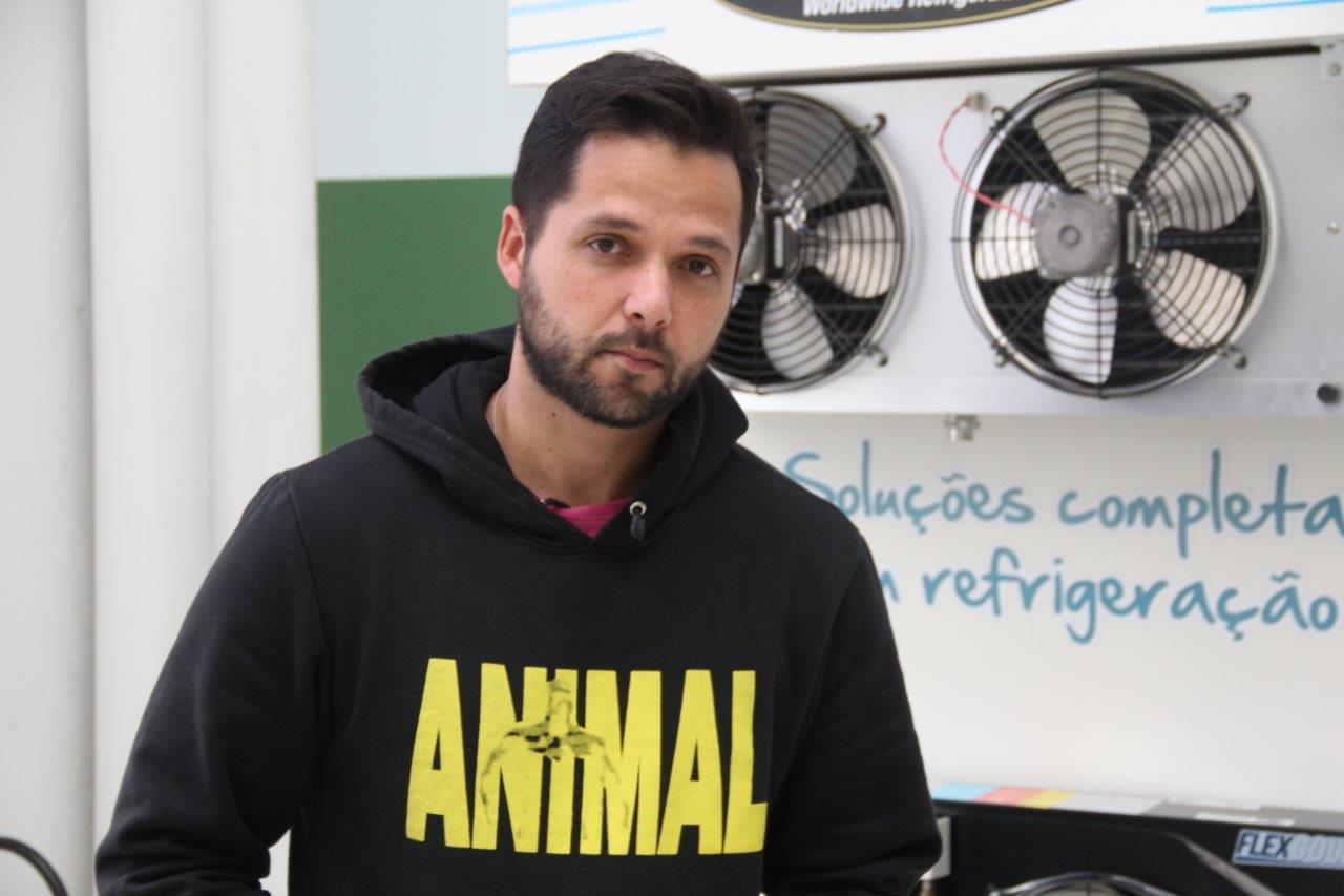 Refrigerista Diego Delgado